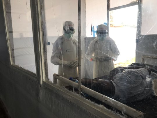 Our team treats an Ebola patient in the DRC