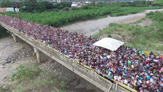 5,000 Venezuelans Cross Border into Colombia daily