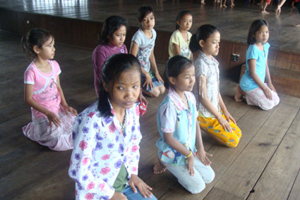 Campers learn about posture