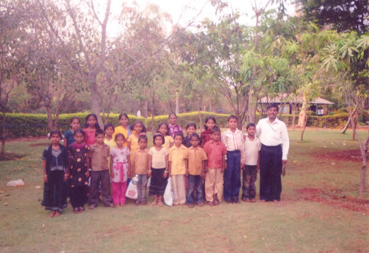 Mr. Dilip with Children of Asha Kiran Centre