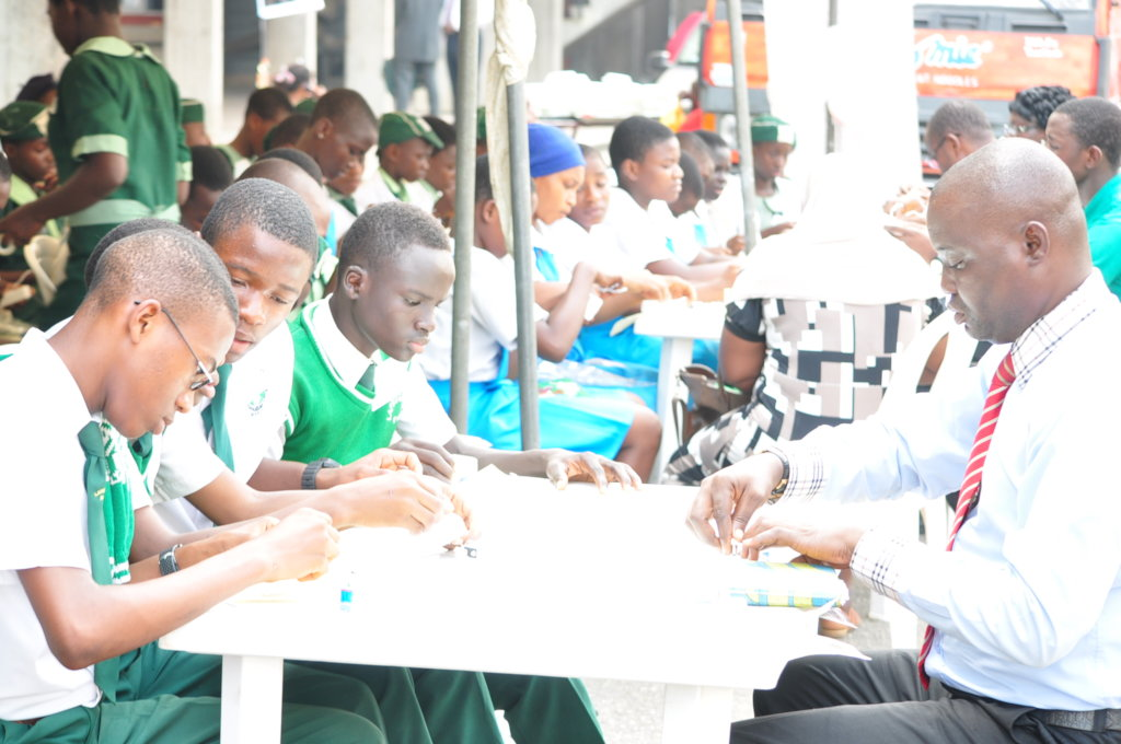 Train 200 teachers in low-paid schools in Nigeria