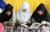 Give books for the kids of conflict-torn Marawi