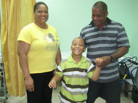 Destin with his parents