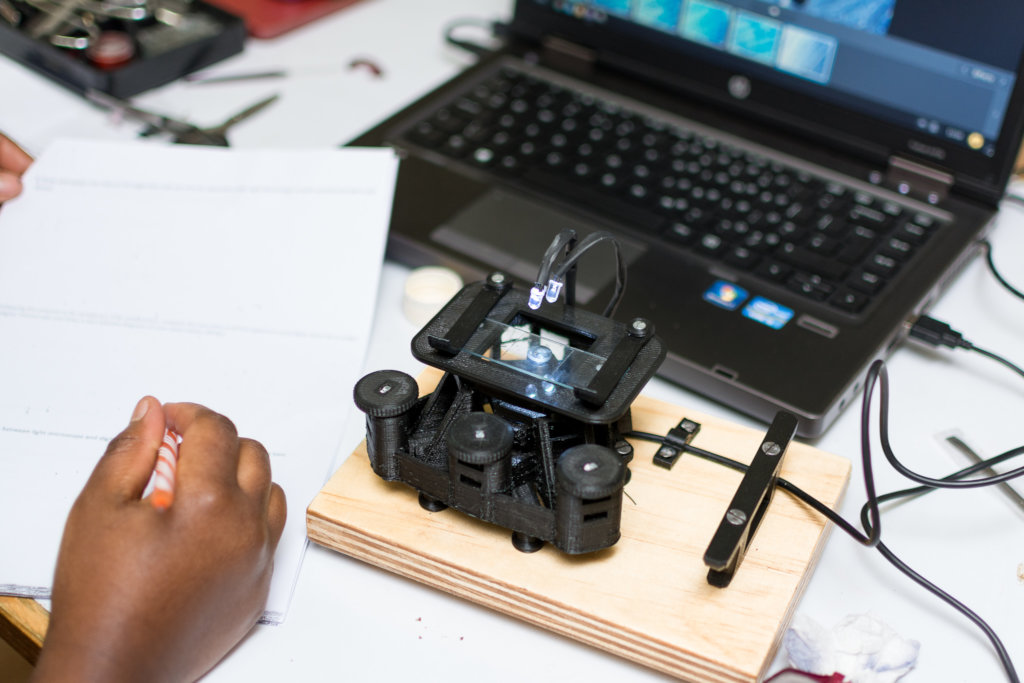 Digital Blacksmiths Kenya - 3D printing from trash