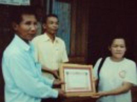 SEDA accepting certificate of appreciation