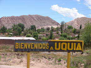 """Welcome to Uquía"" Sign"