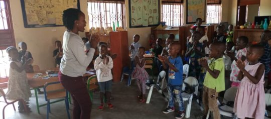 Kathy's Kindergarten Pupils Singing, May 2021