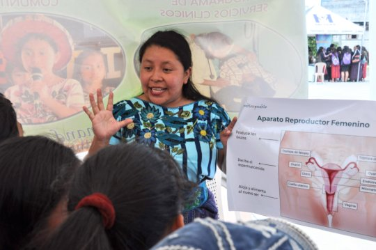 Rebeca speaks to teens about reproductive anatomy