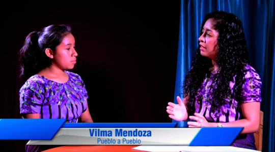 "Vilma appears on the program ""Hablemos de..."""