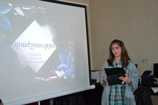 Mentee giving a presentation