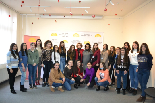Mentees with the famous Armenian artists