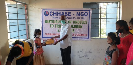 Distribution of new dresses
