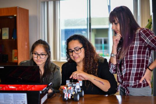 Team effort, to build our robots