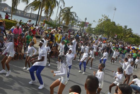 Dancing in front of the lovely sea of Santa Marta
