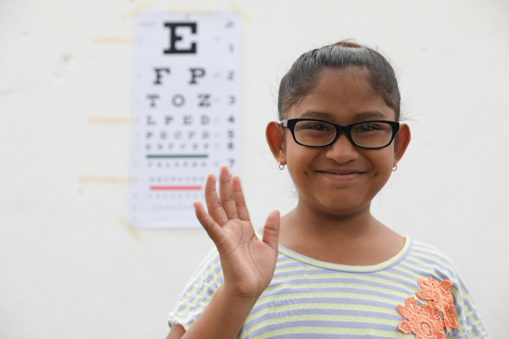 Child sees clearly w/new distance vision glasses