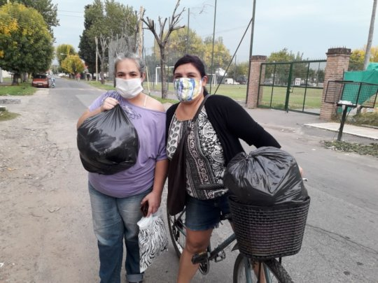 Donations of fabrics for the face mask production
