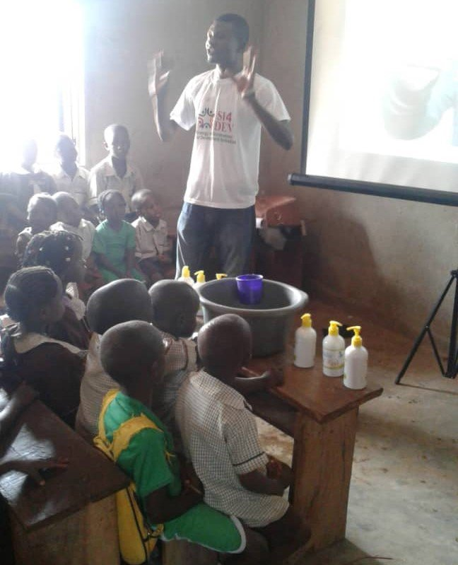 Handwashing & Health for 2000 Children in Nigeria