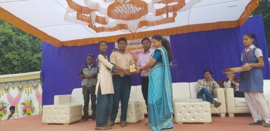Vivekanand Vidhyalaya Winners at Science Fair