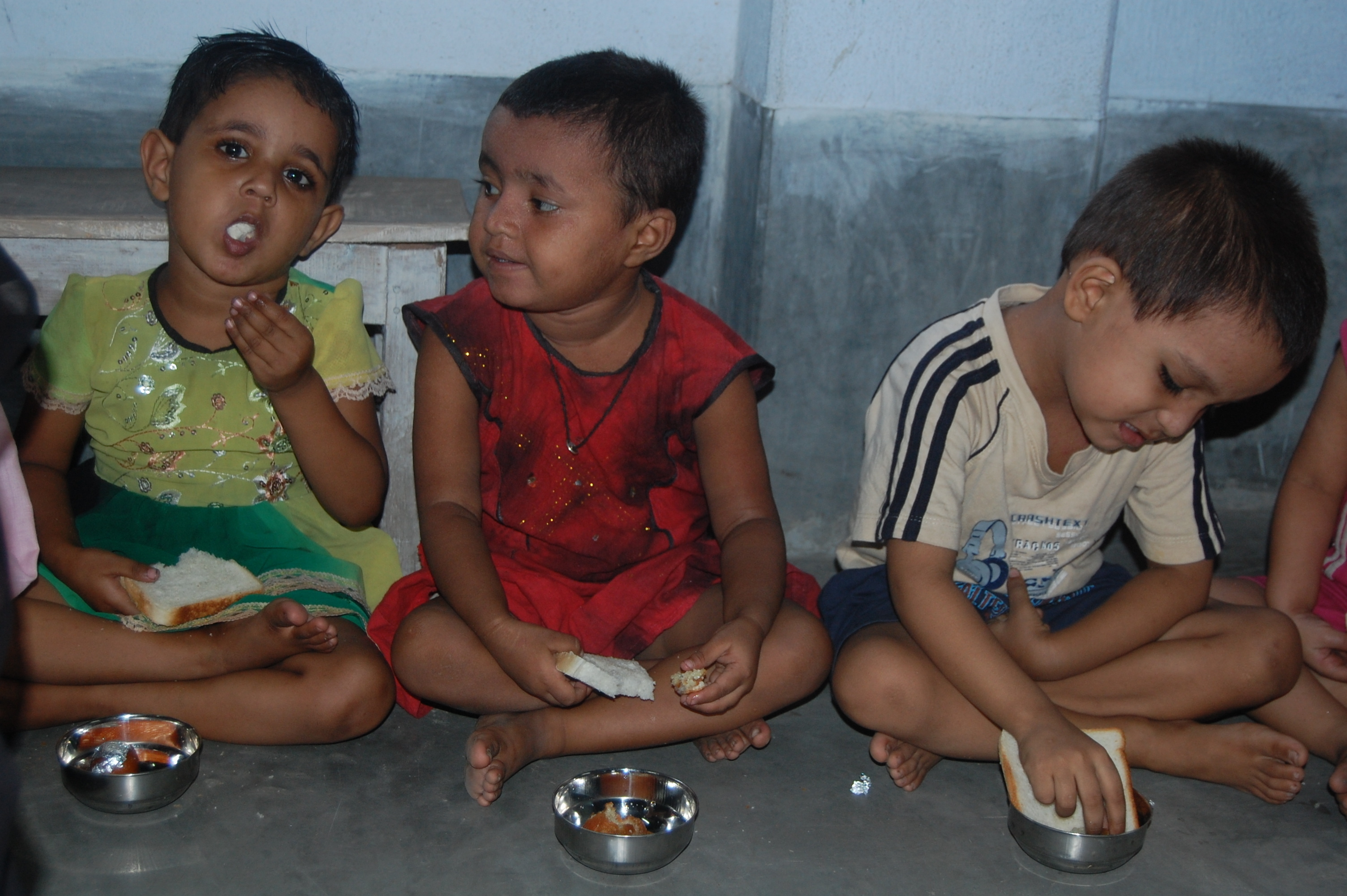 kids poor Help to get breakfast for 500 Poor Kids at school. ›