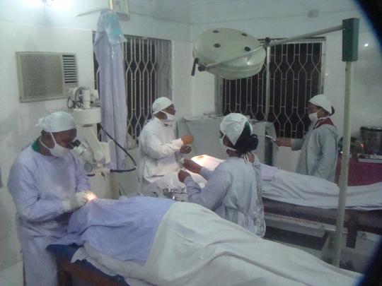 Surgeons Performing Cataract Operations