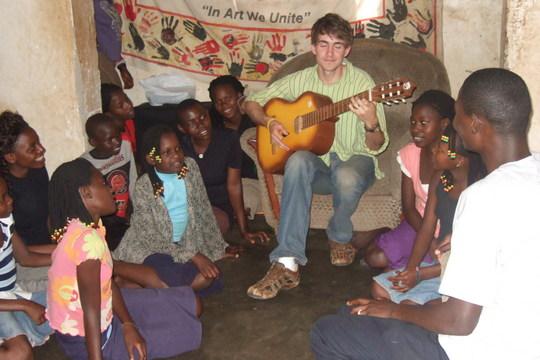 MusicTherapy: Ryan plays empowering guitar music