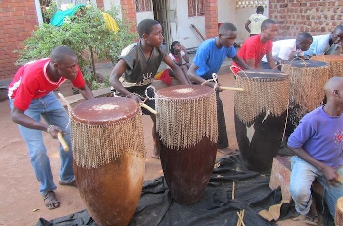Omugudo drumming
