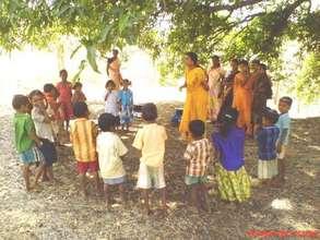 All balwadi teacher were gathered while Van Bhojan