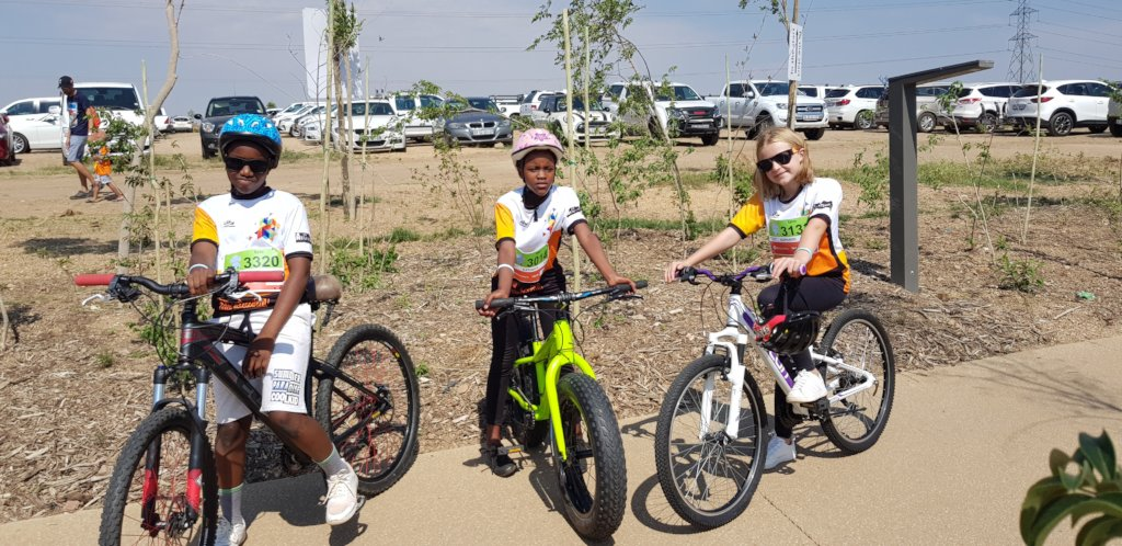 Two Thandanani Children in a Cycling Fundraiser