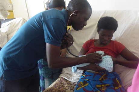 Life-saving Infant Feeding Training Liberia/Rwanda