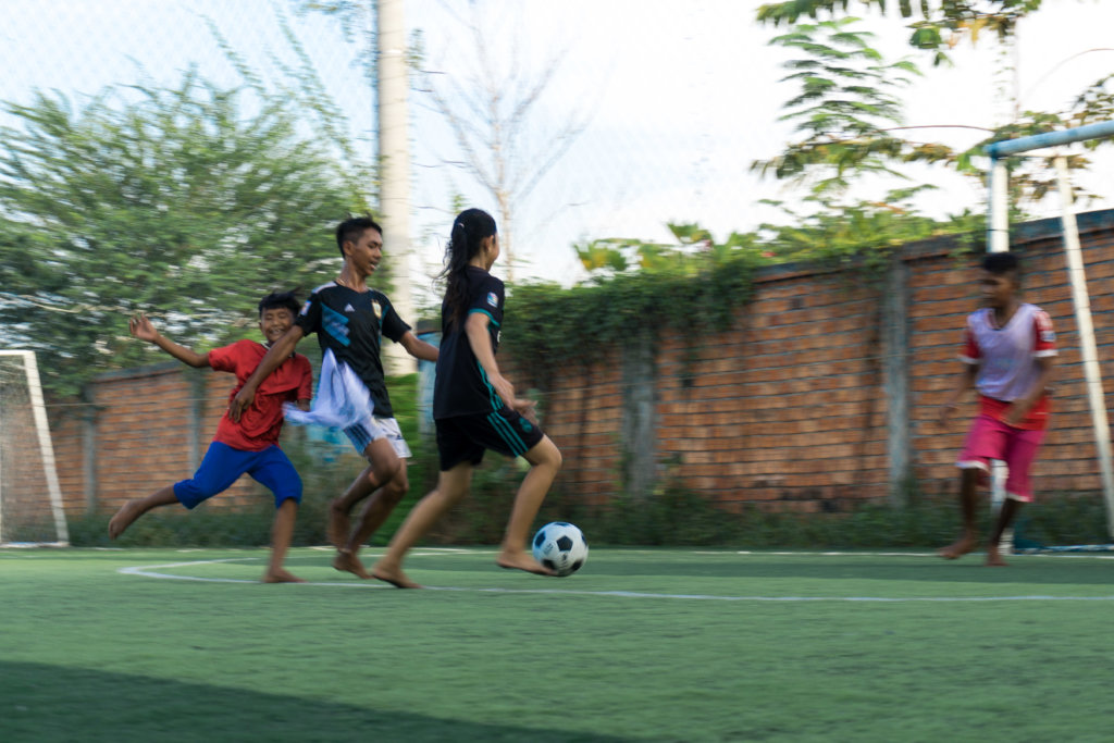 Give slum living kids a future through football