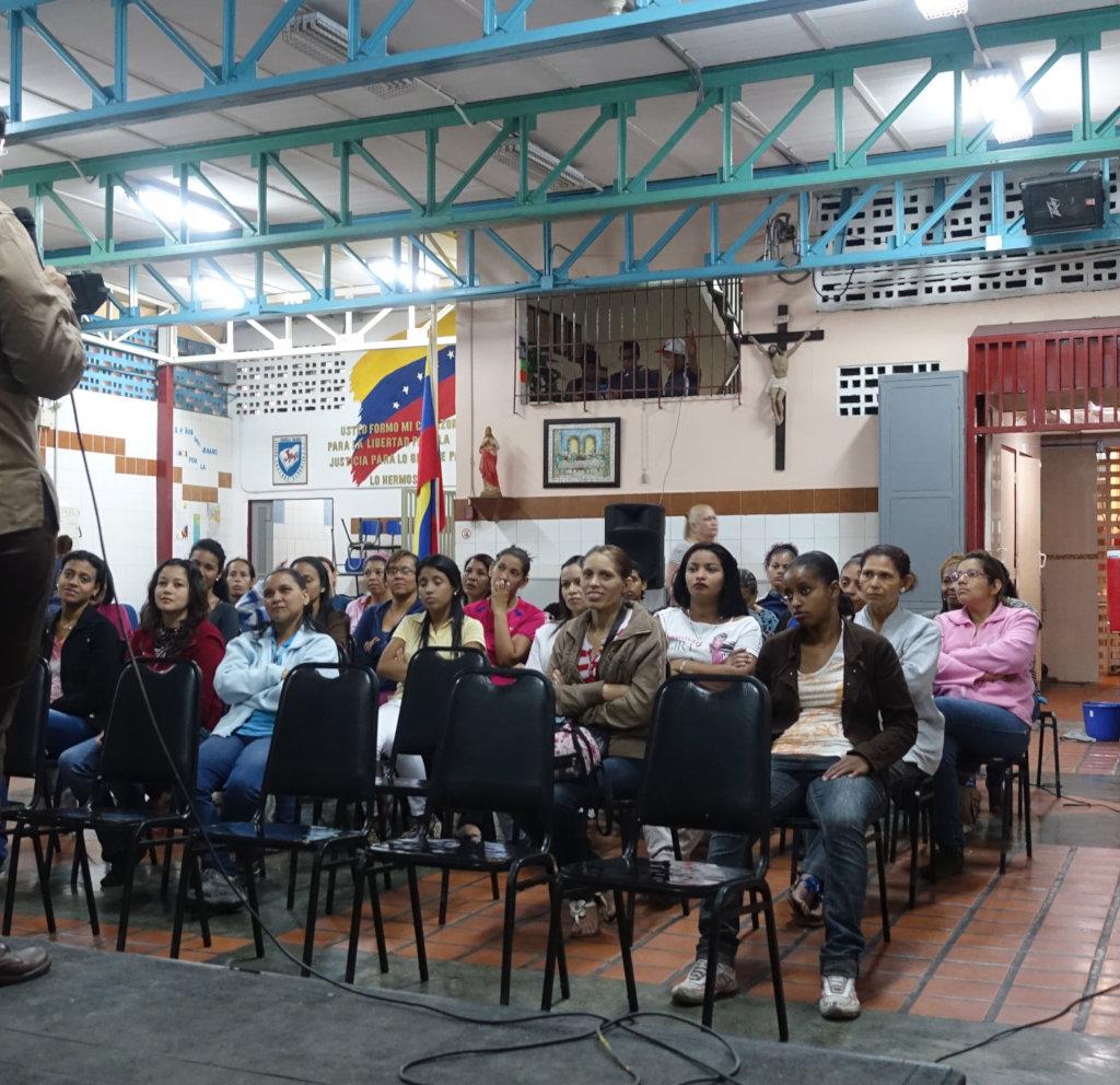 VENEZUELA: EDUCATE, FEED AND HEAL 400 SLUM KIDS