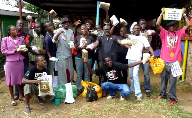 Kibera youth food drive for famine victims