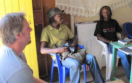 Cinetrek filmmakers John Gyovai and Ken Oloo visit Kibera