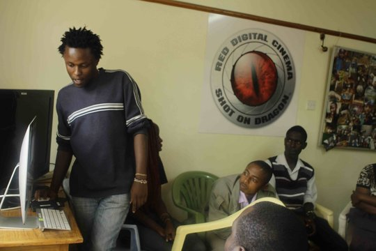 Michael in a workshop at Hot Sun Foundation