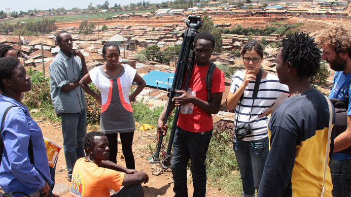 Filmmaker Mireia Fort with trainees in Kibera