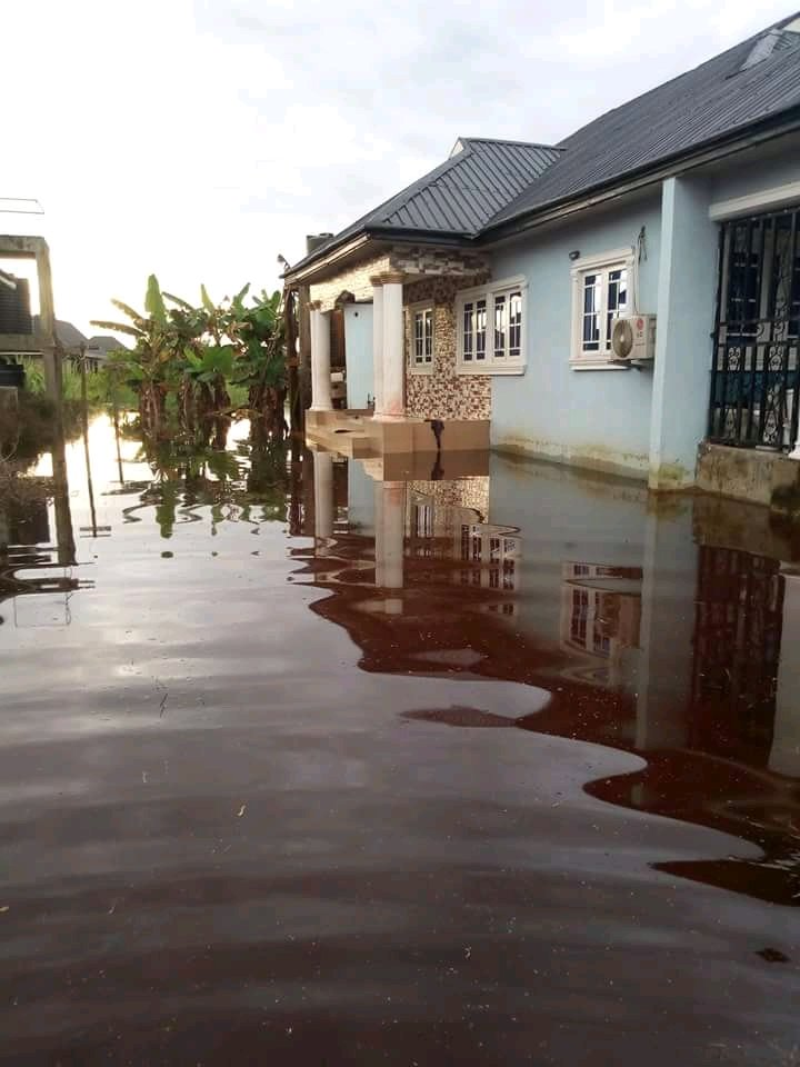 RELIEF TO FLOOD VICTIMS IN DELTA STATE, NIGERIA