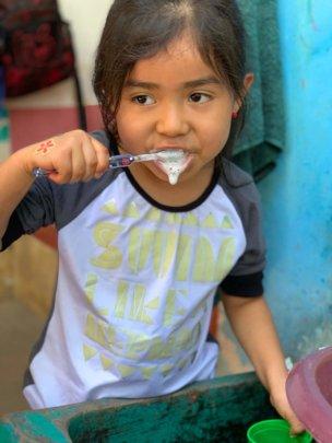 Education in practice - brush those teeth!
