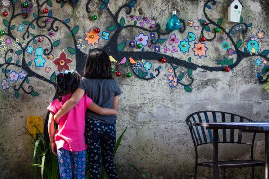 Salvadoran sisters whose family fled gang violence