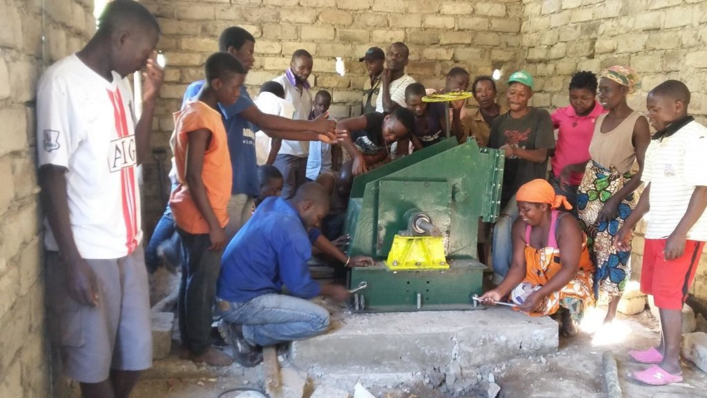 Support Social Entrepreneurs Combat Energy Poverty