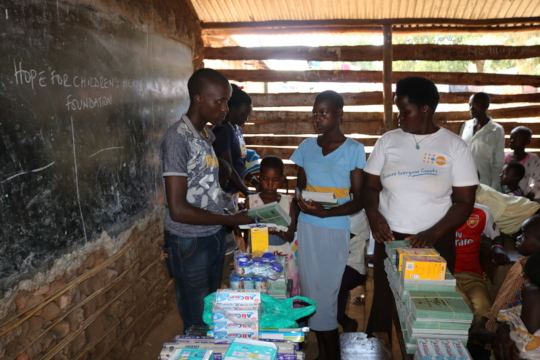 Beneficiaries receiving scholastic items