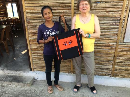 Sarita, Bobbi and their new tiger bag