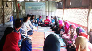 Counseling meeting with Rohingya women (pic 2)