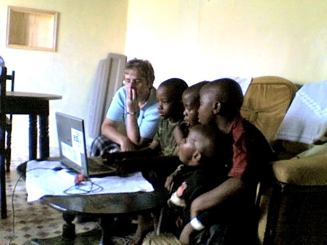 Bridge the Digital Divide for 307 Nairobi students