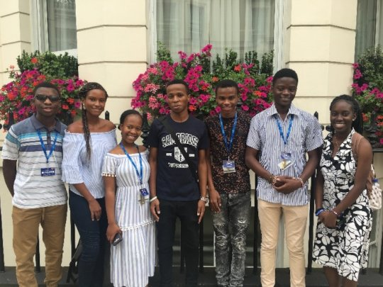 YoSA students from 5 countries at LIYSF in 2019