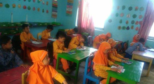 Pertiwi 2 Jelok Kindergarten children