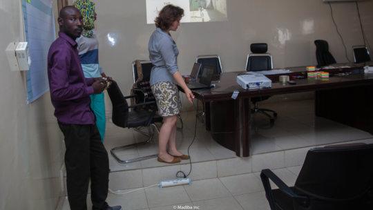 YUX Dakar and ImagiNation Afrika leading workshops