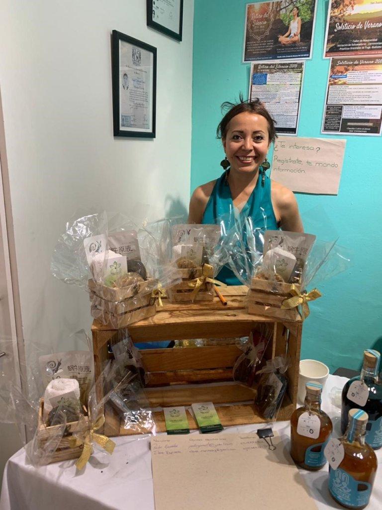 Claudia Colon, Elaboration of handmade soap