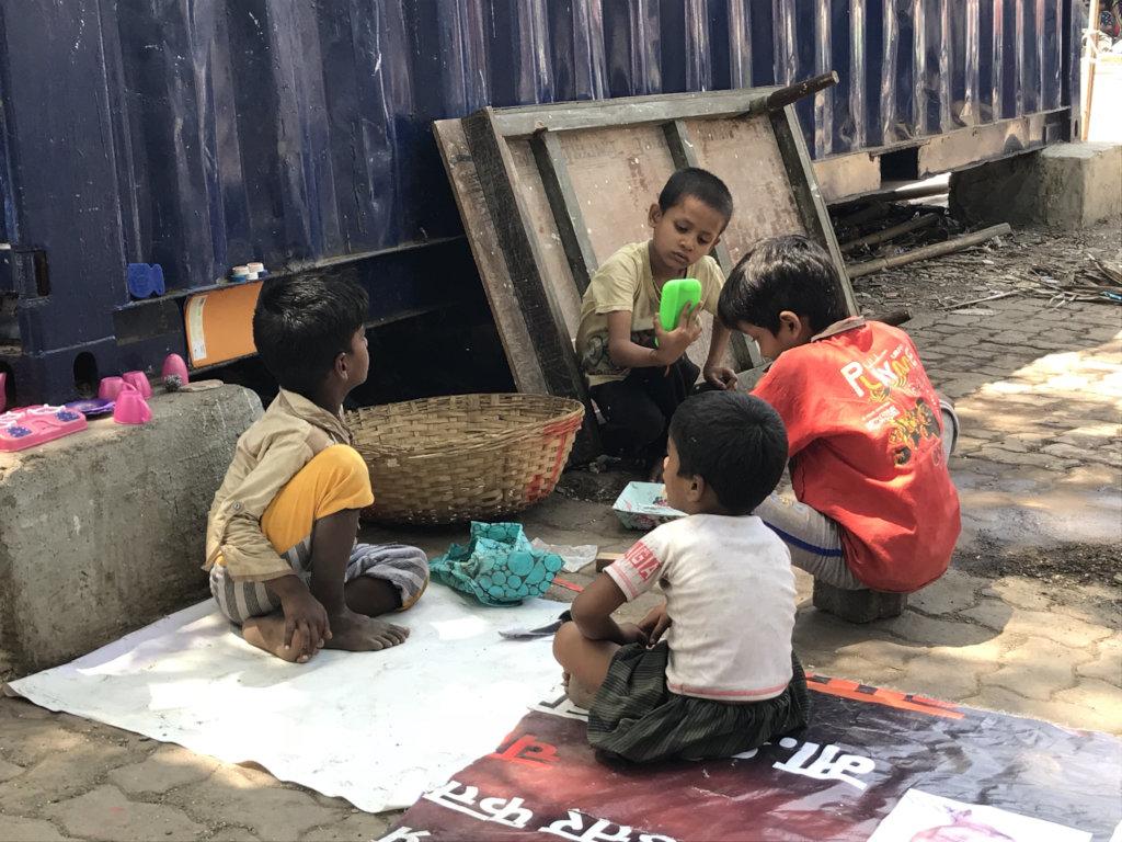 Children at risk: Insecure urban habitats
