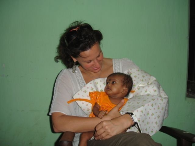 Prenatal Care for Suffering Single Mothers-India