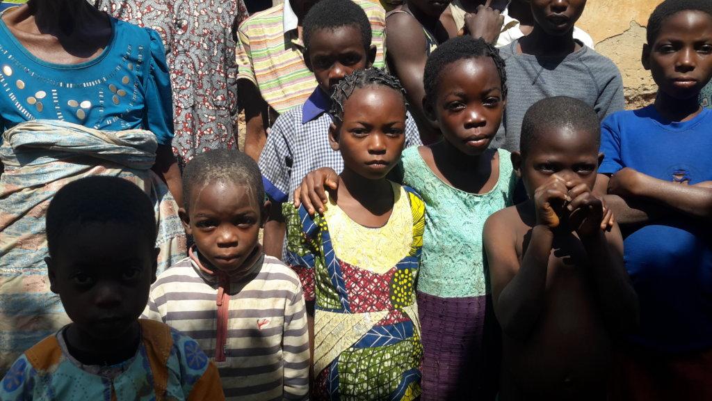 Empower 300 villagers in Ibadan slum, give water!
